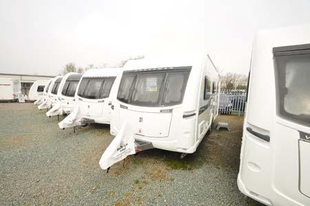 Coachman Vision Xtra 520 exterior