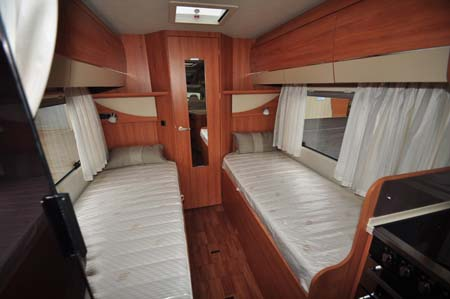 Hymer T-SL 668 Beds
