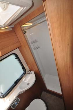 Auto-Trail Imala 720 Washroom