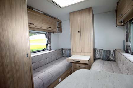 Coachman Vision 570 Interior 2