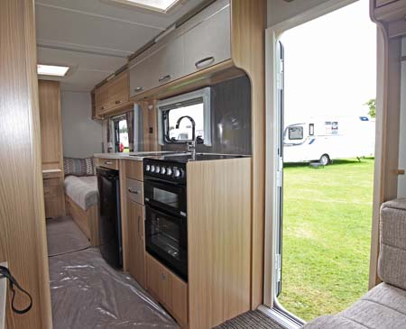 Coachman Vision 570 Kitchen