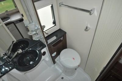 Benimar Mileo 301 Washroom