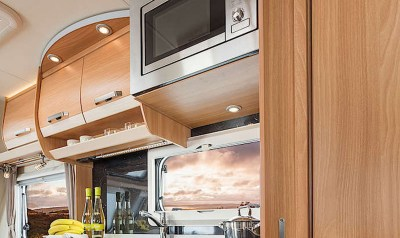 Knaus Star Class 550 Microwave