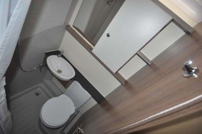 Bailey Advance 74-2 Washroom