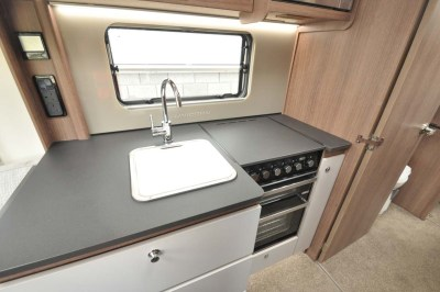 Bailey Unicorn Segovia kitchen sink