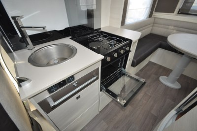 Chausson TravelLine 711 Motorhome Kitchen