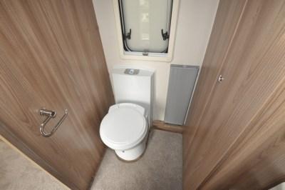 Swift Conqueror 480 caravan WC