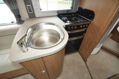 AutoTrail Tracker LB Motorhome Kitchen