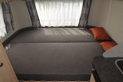 Eriba 310 Edition Double bed