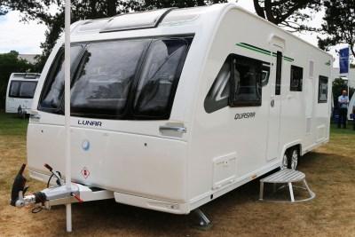 Lunar Quasar 686 Caravan