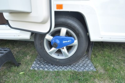 2019 Bailey Pegasus Grande Rimini axle wheel lock