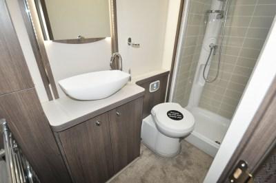 2019 Buccaneer Aruba caravan washroom