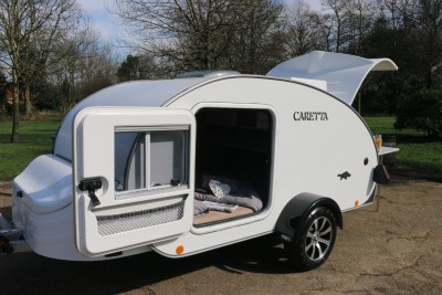 Carette 1500 caravan doors open