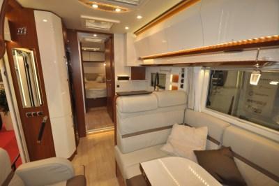 Rapido Distinction i1090 interior