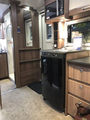 2020 Bailey Unicorn Black Edition Merida kitchen