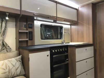 ey Unicorn Black Edition Merida kitchen