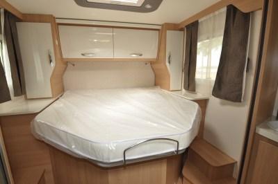 2020 McLouis Fusion 367 motorhome bedroom