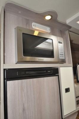 Solaris XL microwave