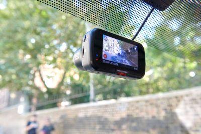 Nextbase dash cam 422GW in car