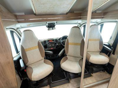 2021 Compass Navigator 120 cab seats
