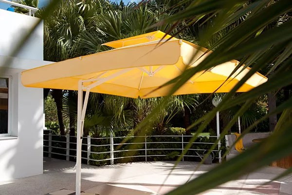 Sonnenschirm Belvedere gelb quadratisch mit Winddach