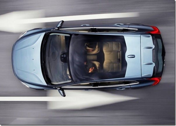 Volvo V40 Official Picture (1)