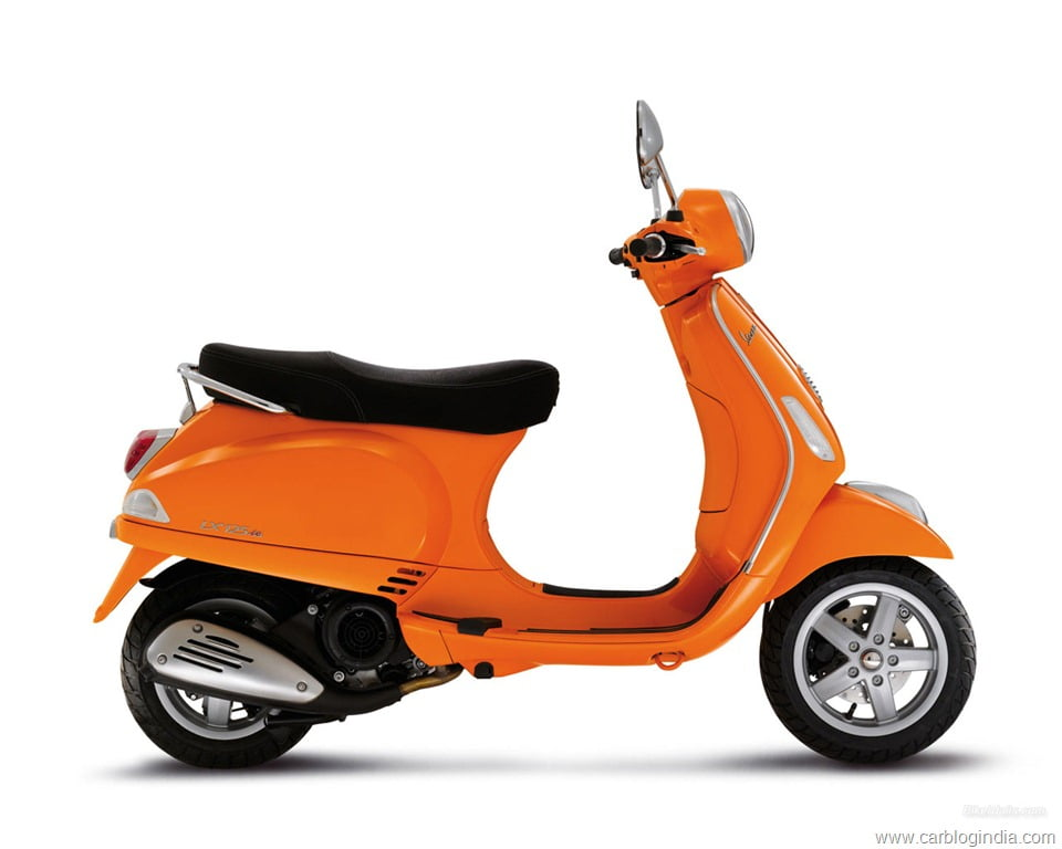 vespa lx 125 india details pictures price features and. Black Bedroom Furniture Sets. Home Design Ideas