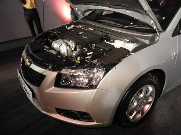 Chevrolet Cruze 2012 Engine