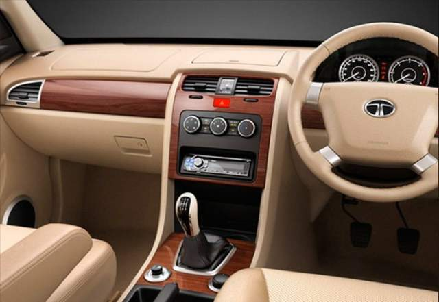 Tata Safari Storme Interiors