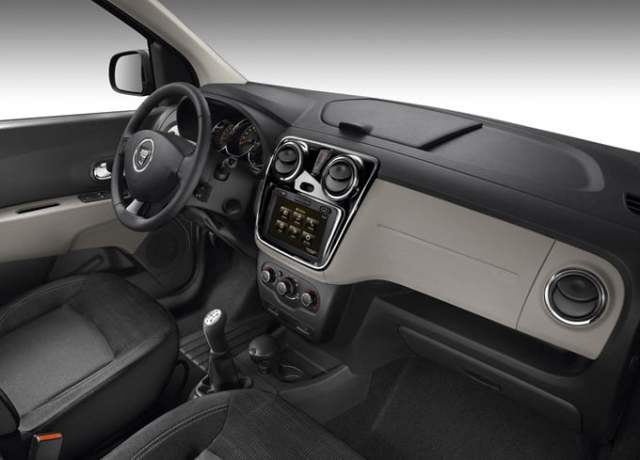 Renault Dacia Lodgy India in 2014 interior
