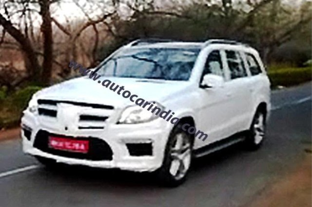 2013 Mercedes GL Class Spied Testing In India (2)