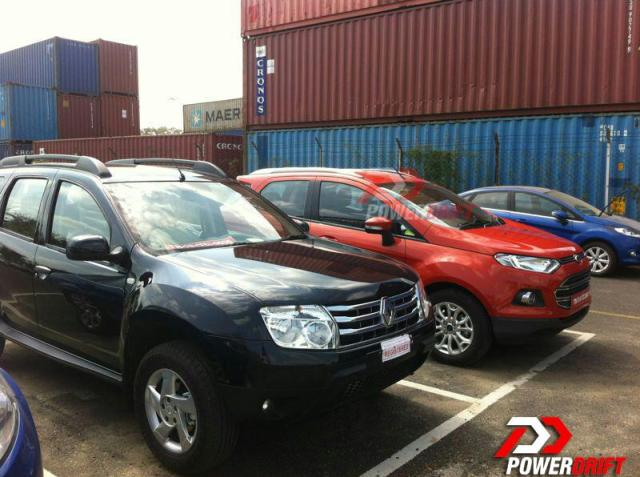 Ford-EcoSport-and-renault-duster-spied-front