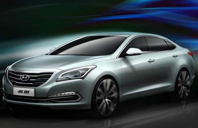Hyundai Mistra Sedan Concept Launched at the 2013 Shanghai Motor Show