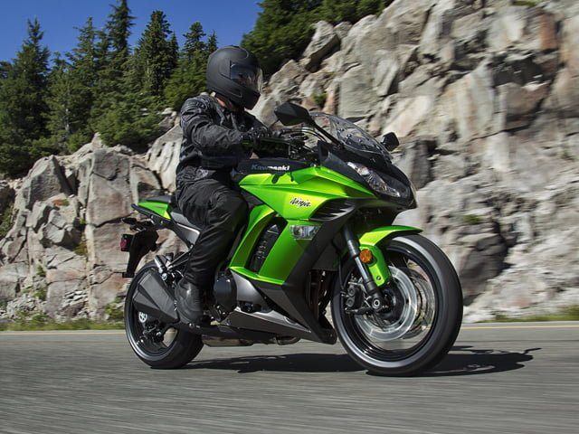 Kawasaki Ninja 1000 India Price Features Specs (3)