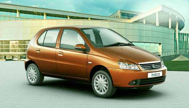 Tata Indica eV2 Front Right Quarter