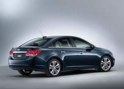 2015 Chevrolet Cruze Facelift Rear Right Quarter