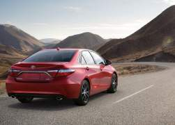 2015 Toyota Camry Right Rear Quarter