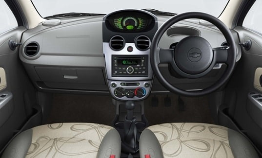chevrolet-spark-dashboard
