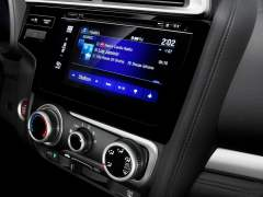 new-honda-jazz-india-interior-audio-system