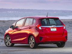 new-honda-jazz-india-rear-angle