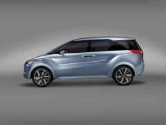 Hyundai MPV India Based on Hexa Space Concept - Side Profile