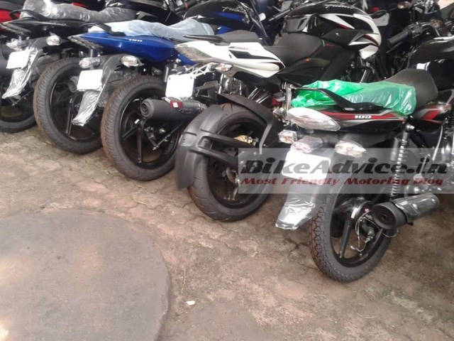 mrf-tyres-for-bajaj-pulsar-200ns-images-1