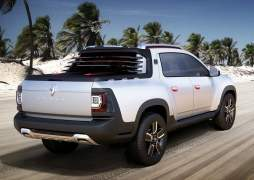 Renault Duster Oroch Concept Rear Angle