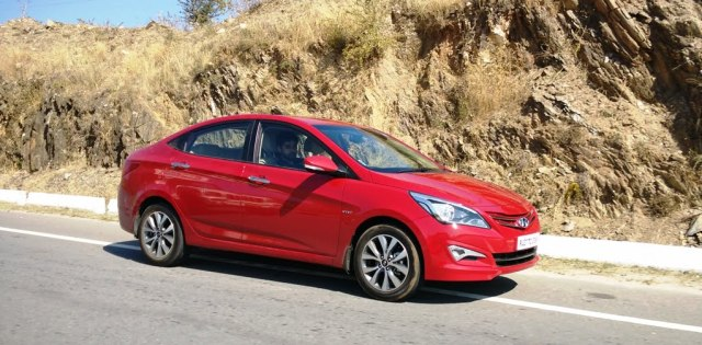 car discounts india 2016 2015 Hyundai Verna 4S