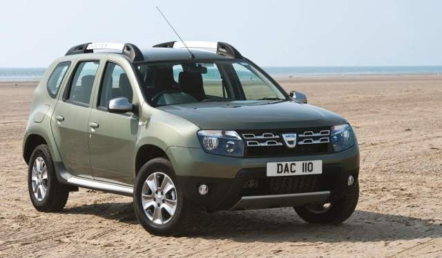 renault-duster-awd-1200cc-petrol-front