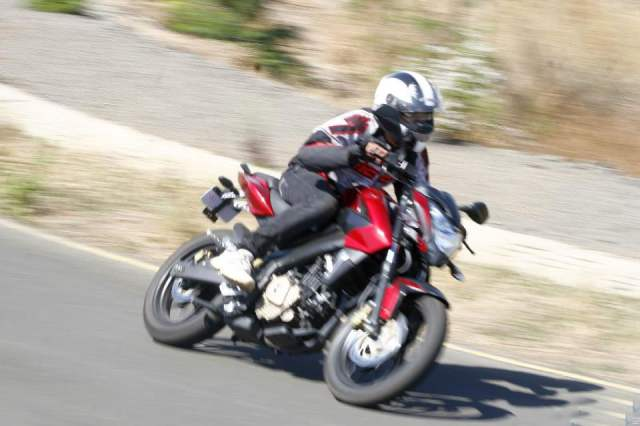 Best Used Sport Bikes in India Under 60000 bajaj-pulsar-200ns