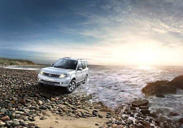 new-model-tata-safaris-storme-pics-action-pic-official