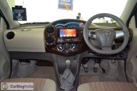 2015-toyota-etios-xclusive-limited-edition-dashboard-pics-0008