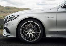 Mercedes-Benz-C63_AMG-sedan-india-launch-7
