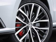 Volkswagen-Polo_GTI_2015_Pics_Wheels